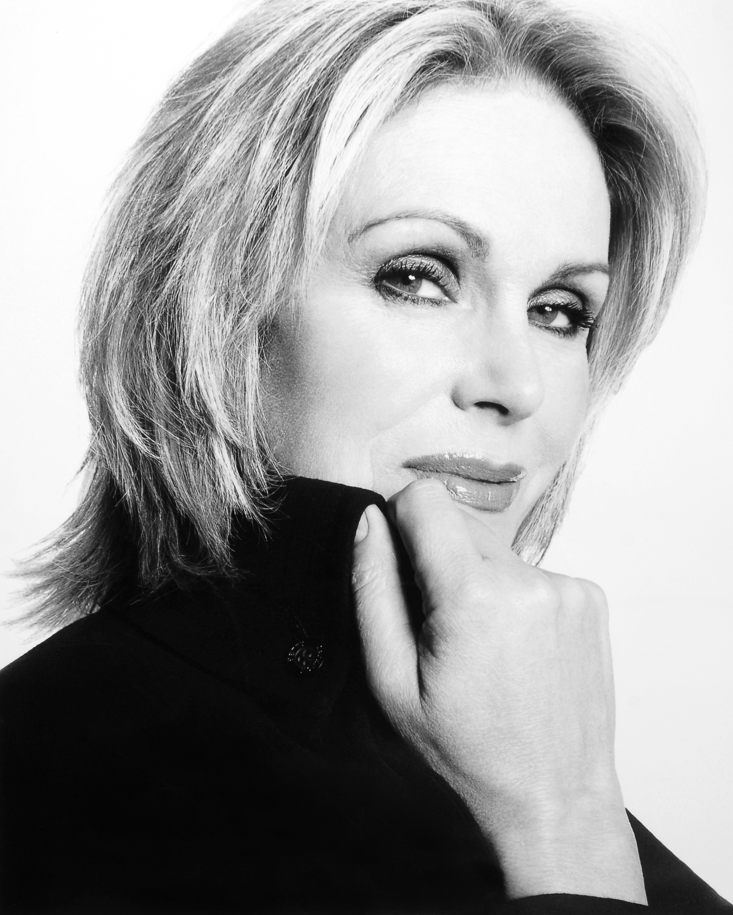 Joanna Lumley - Images
