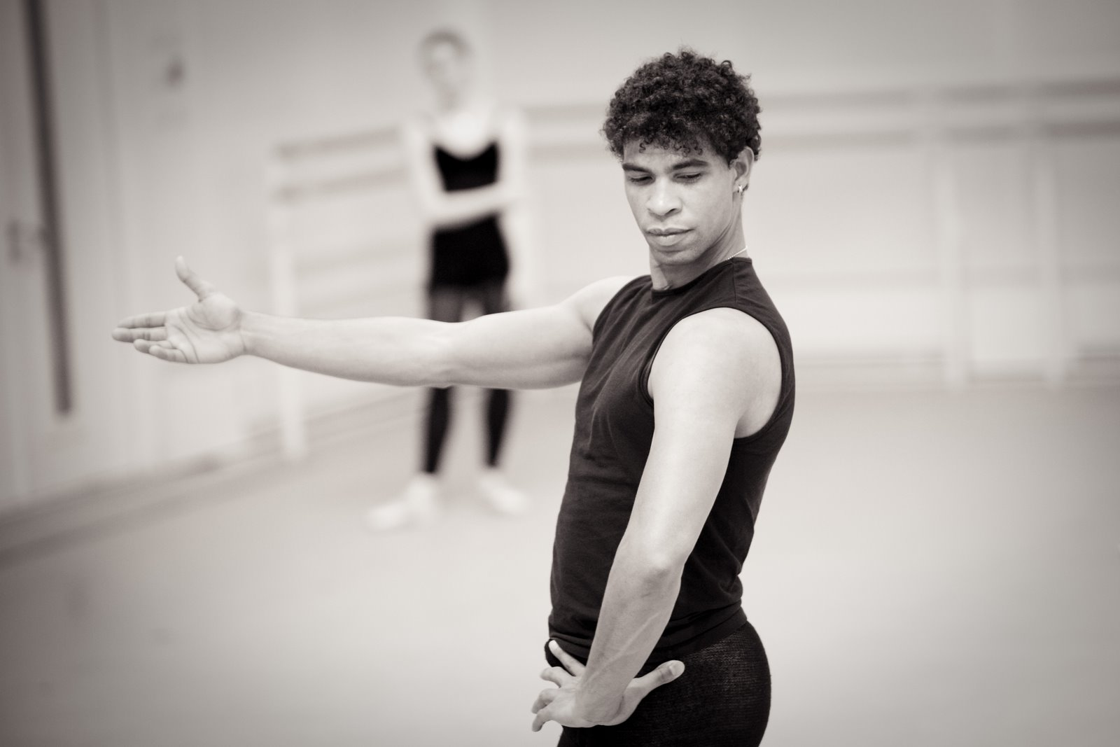 Carlos Acosta holds out his arm