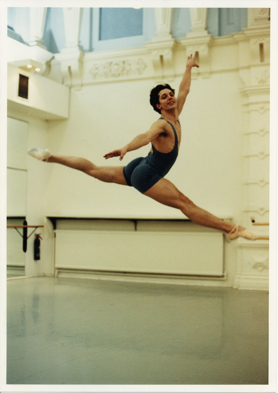Daniel Jones - jeté atournee, Photo : Bill Cooper