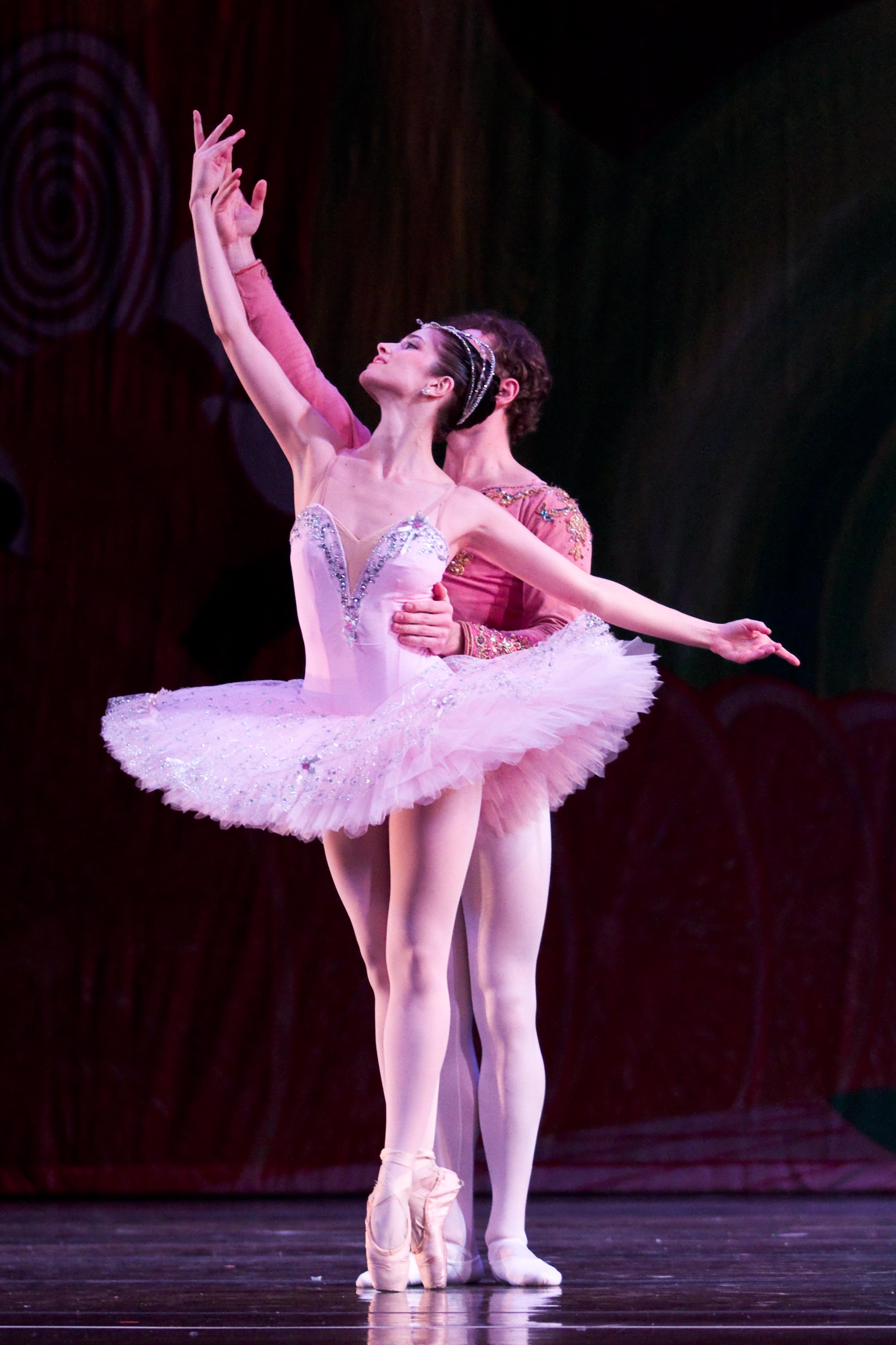 ballerinas dancing nutcracker - photo #6