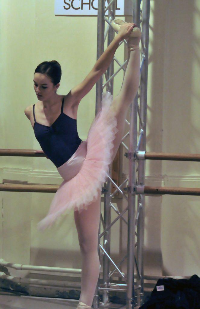 Ellie, ballet school, barre, class, ballet news