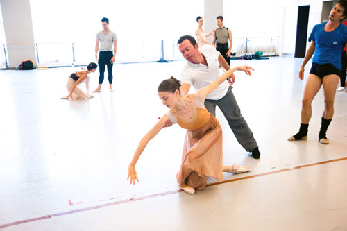 Alexei Ratmansky and Elena Lobsanova rehearsing Romeo and Juliet. Photo by Sian Richards.