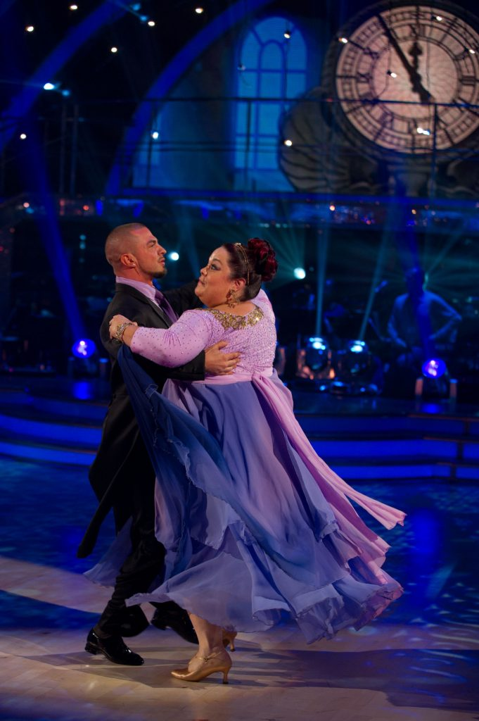 Robin Windsor, Lisa Riley - (C) BBC - Photographer: Des Willie