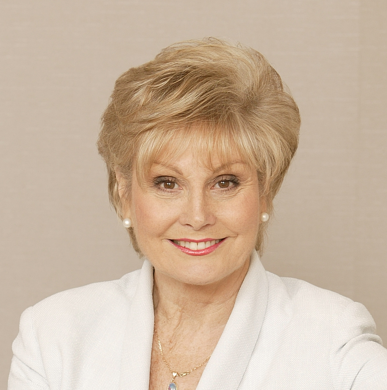 Angela Rippon