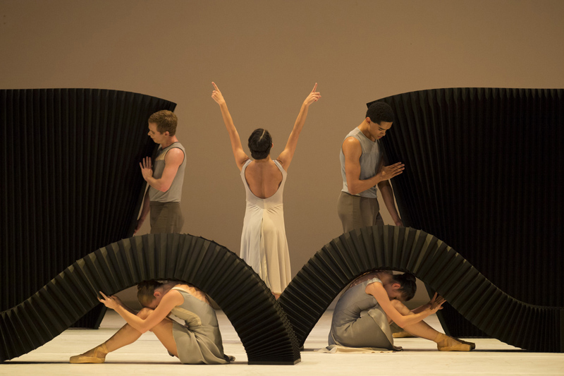 Maureya Lebowitz with Artists of Birmingham Royal Ballet in ŒMarch of the Trolls¹; photo: Bill Cooper
