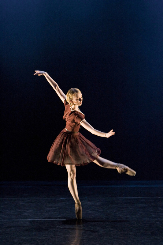 Elisha Willis in 'Two Step'; photo: Bill Cooper