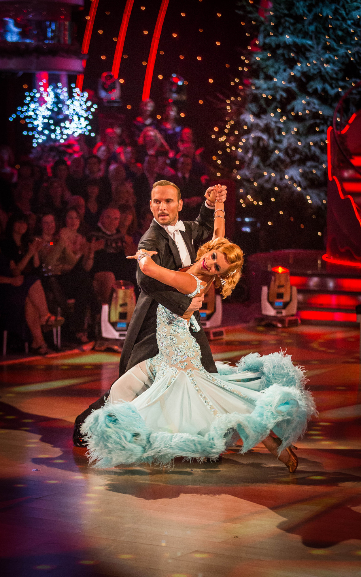 Programme name strictly come dancing christmas special 2013 tx n